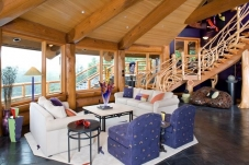 Living area in the Port Angeles Piece en Piece Log Home.