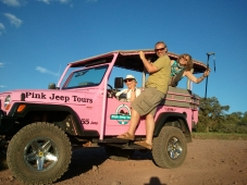 holiday with Robin pink jeep